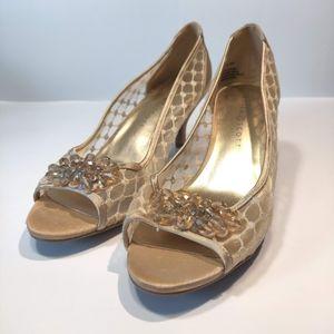Karen Scott gold mesh peep toe kitten heel sz 9